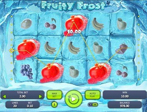Призовая комбинация символов в игровом автомате Fruity Frost