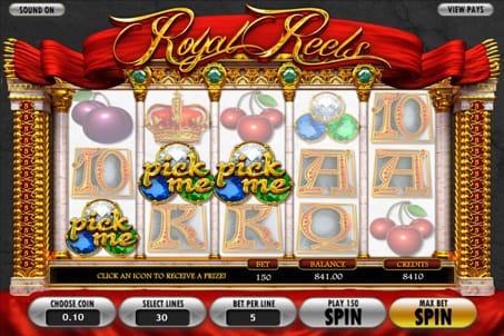 Призовая комбинация на линии в игровом автомате Royal Reels